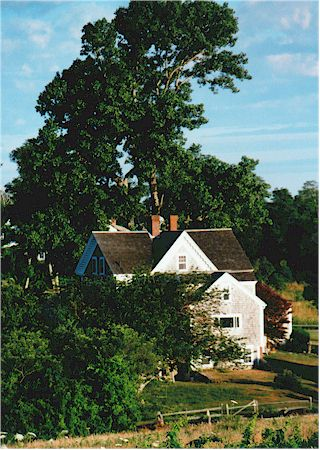 CC Country Home on Cape Cod.jpg (50974 bytes)