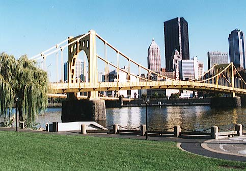 PittsburghwithWillow.jpg (48407 bytes)